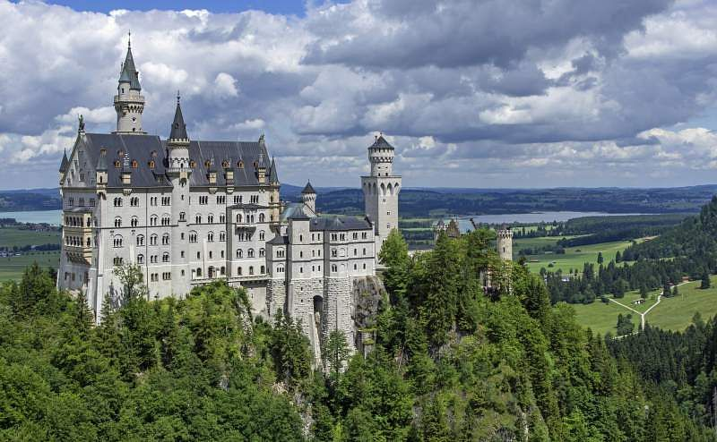 why learn german neuschwanstein castle