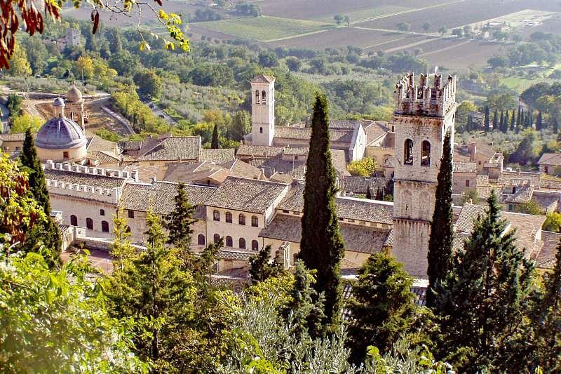 assisi italian countryside